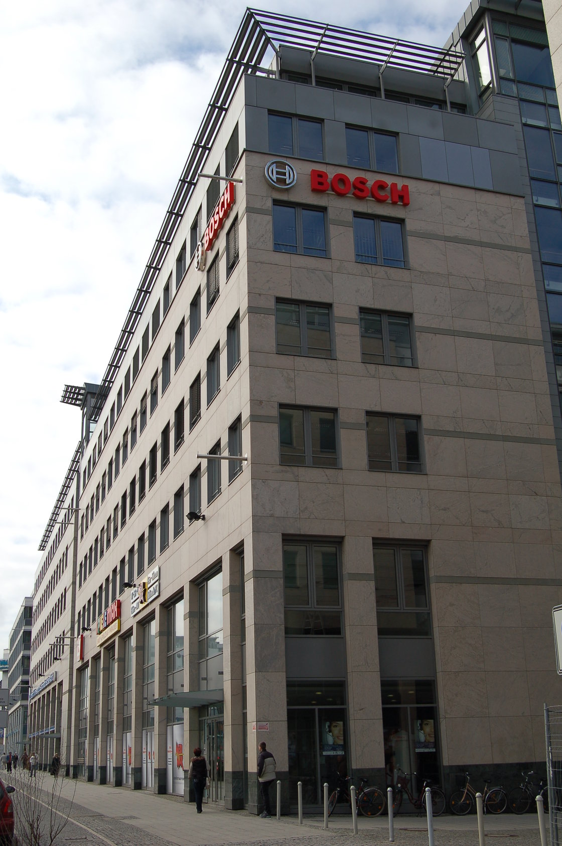 bosch to open first communication centre in the u s news items trade link media pte ltd. Black Bedroom Furniture Sets. Home Design Ideas